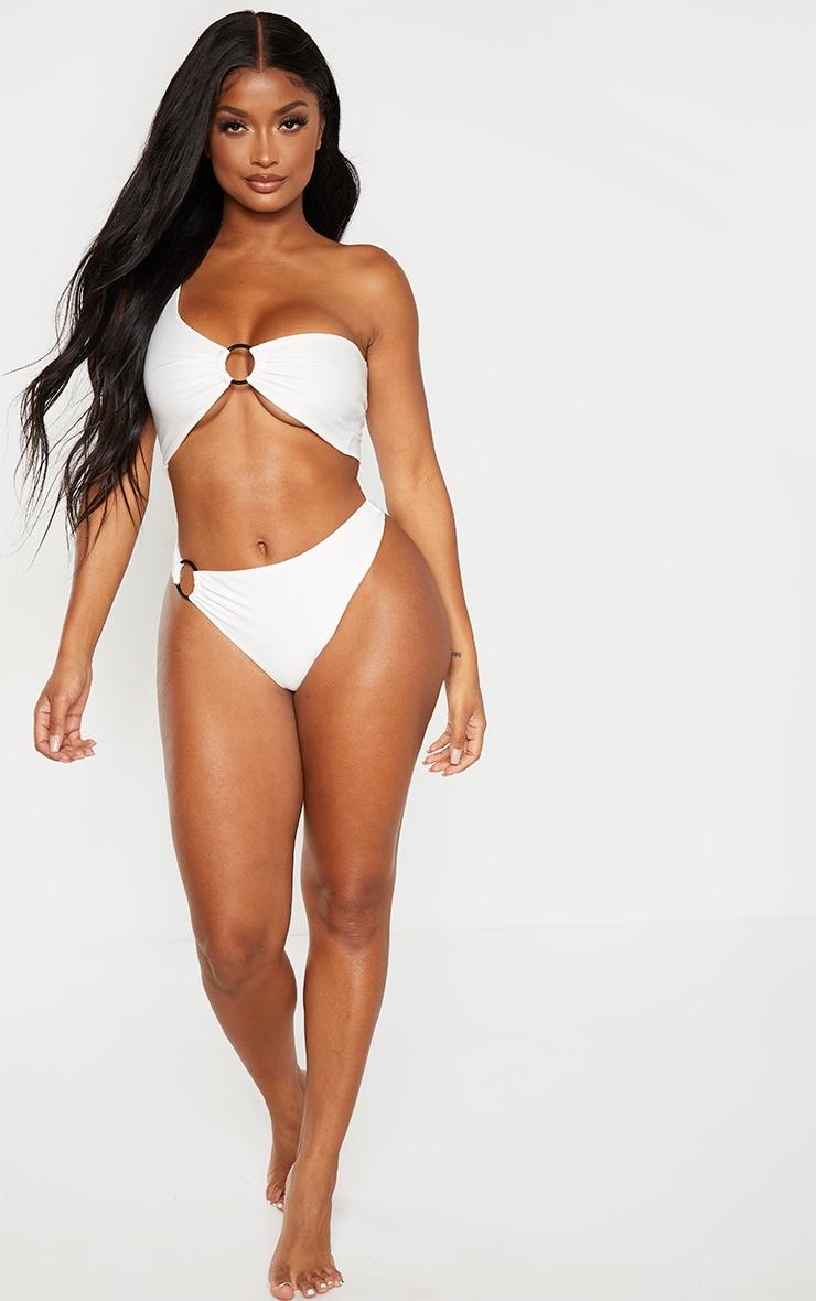Shape White Ring Detail Asymmetric Bikini Top 4