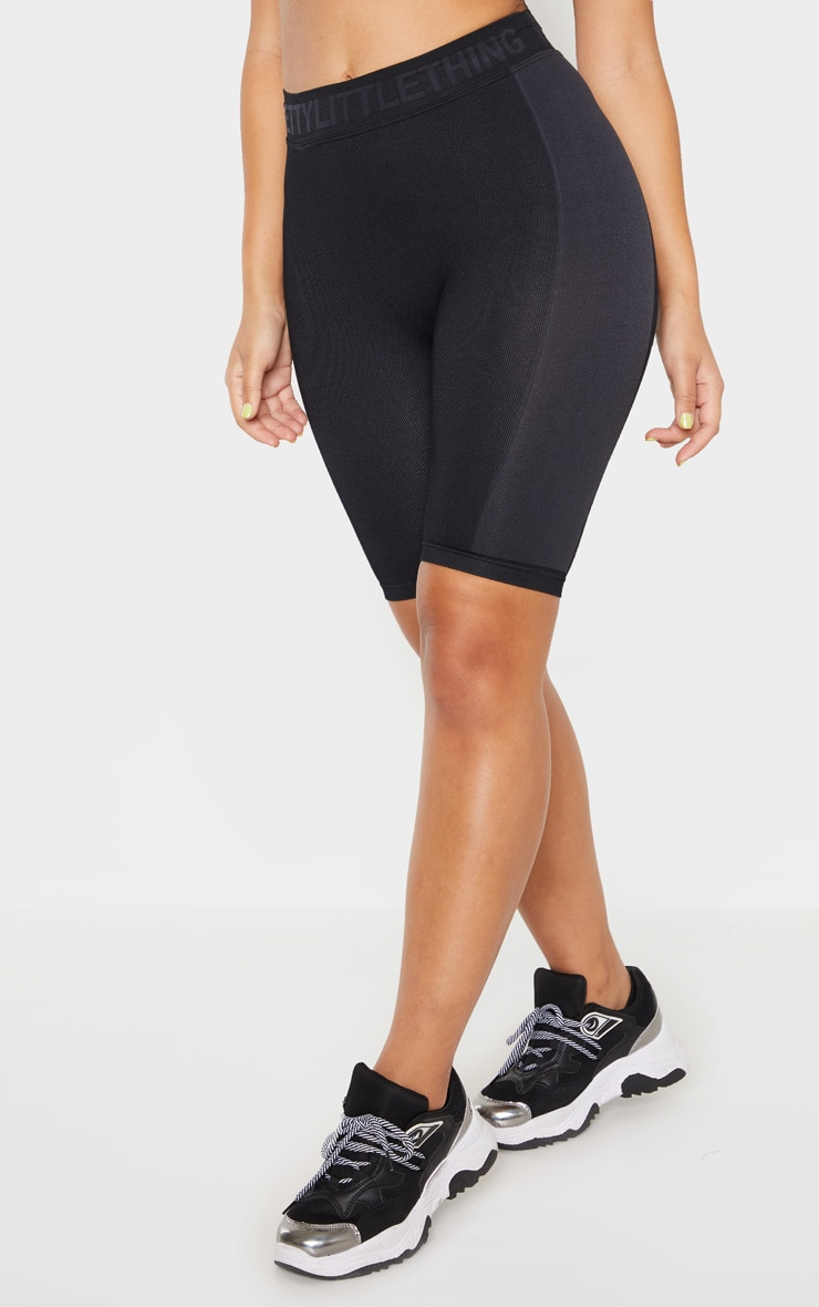 PRETTYLITTLETHING Black  Seamless Cycling Short 2
