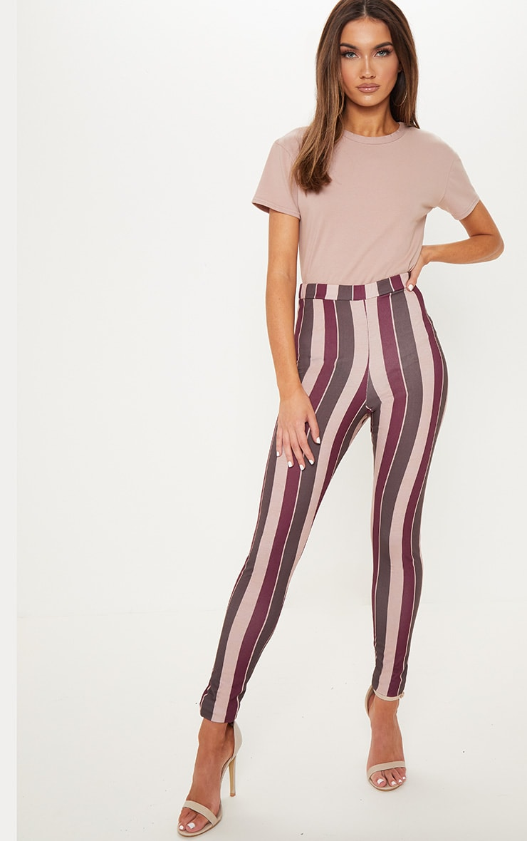 Maroon Stripe Printed Legging