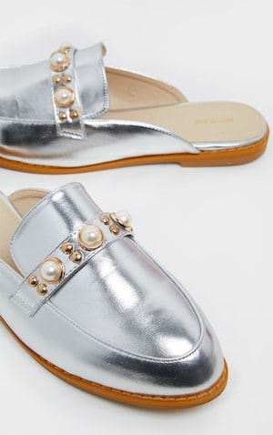 2276888248a8d Pearl Silver Chain Mule Flat Sandals