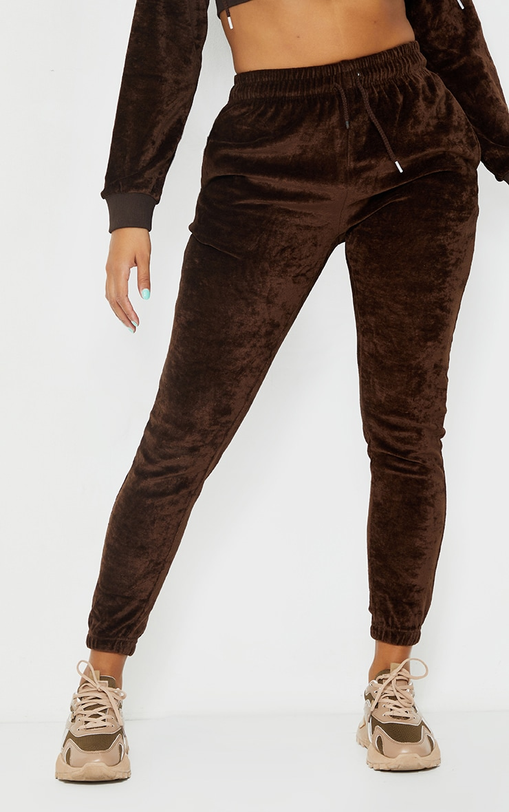 PRETTYLITTLETHING Shape Chocolate Brown Velour Skinny Joggers 3
