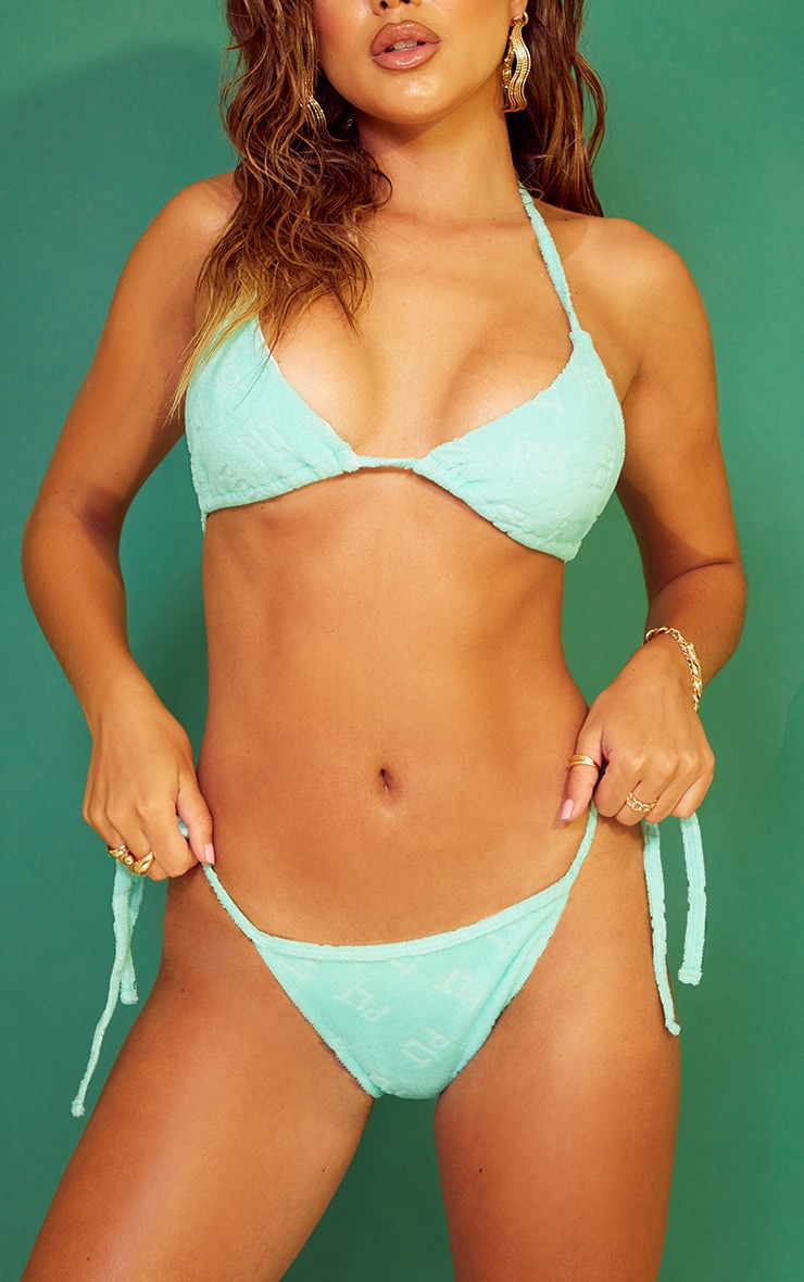 PRETTYLITTLETHING Turquoise Embossed Towel Bikini Bottoms 1