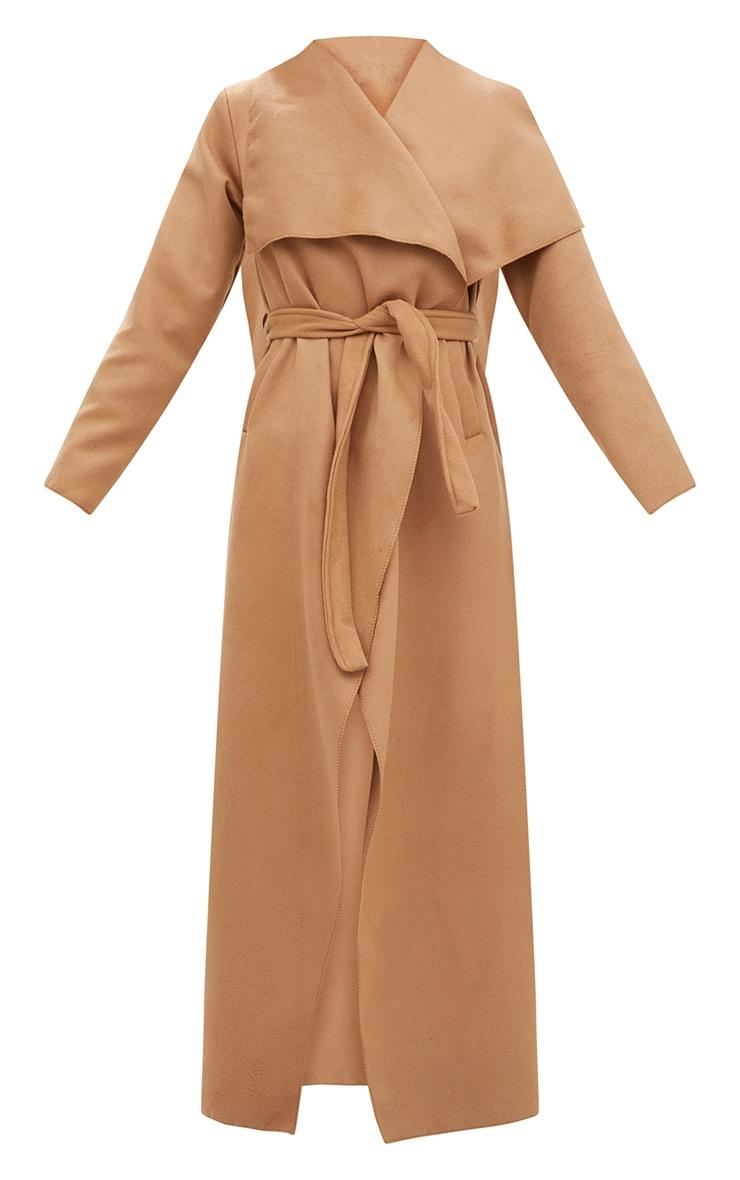 Manteau long oversize effet cascade camel à ceinture 3