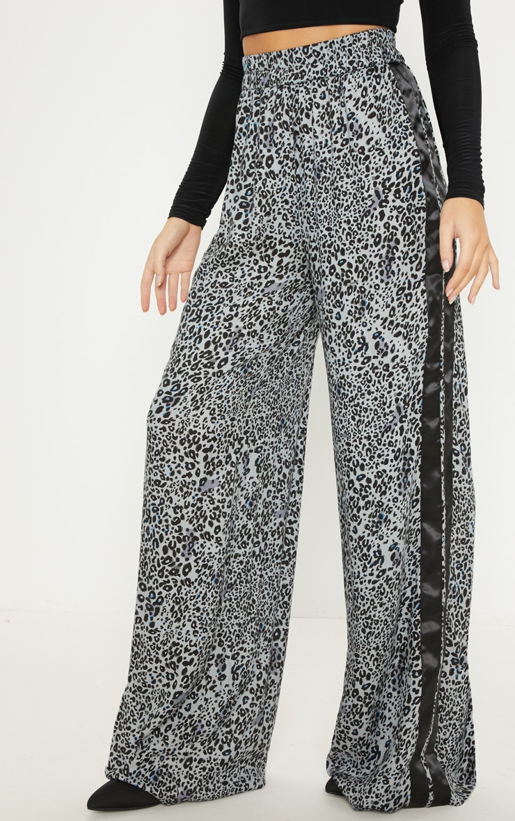 Dusty Blue Elasticated Waist Leopard Print Wide Leg Trouser 2