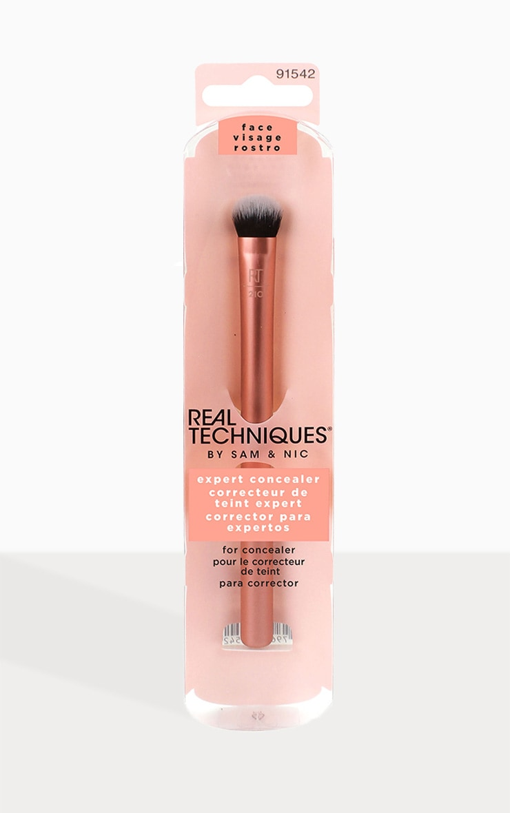 Real Techniques Expert Concealer Brush 1