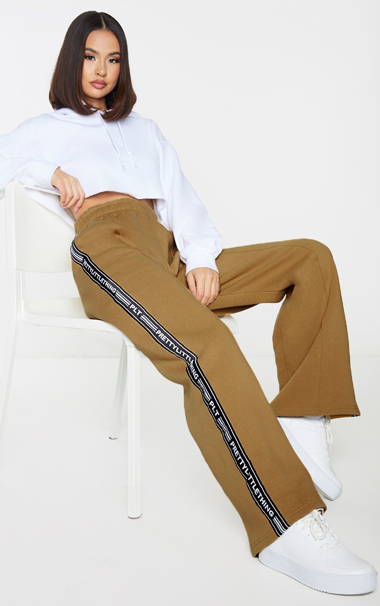 PRETTYLITTLETHING Camel Side Tape Wide Leg Joggers 1