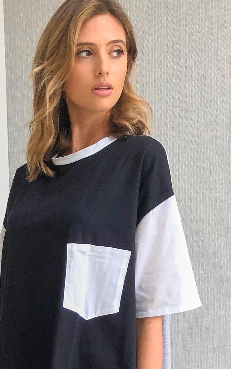 Mono Contrast Pocket Detail Oversized T Shirt Dress 4