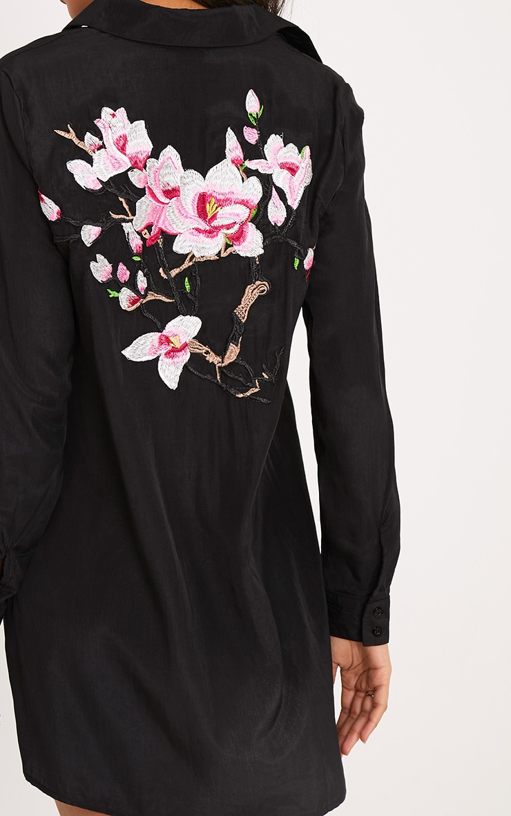 Reeana robe chemise noire toucher soie à appliqué fleuri 5