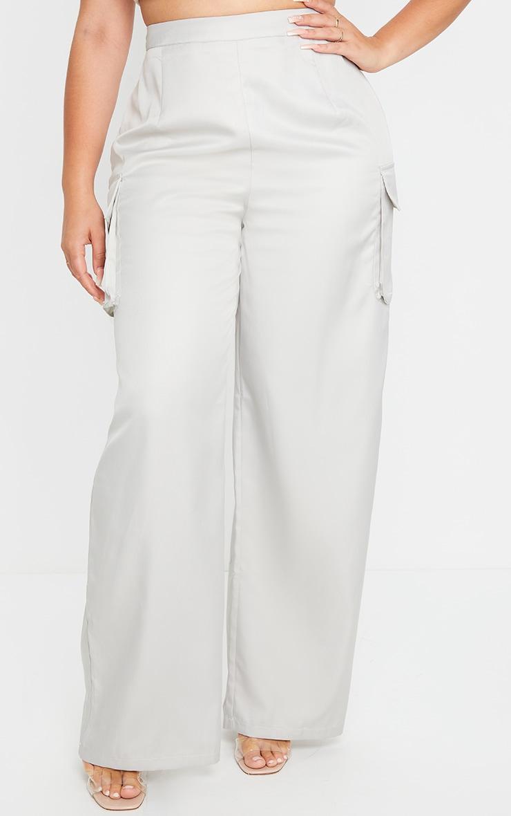PLT Plus - Pantalon en maille tissée grise à jambes évasées et détail poches 2