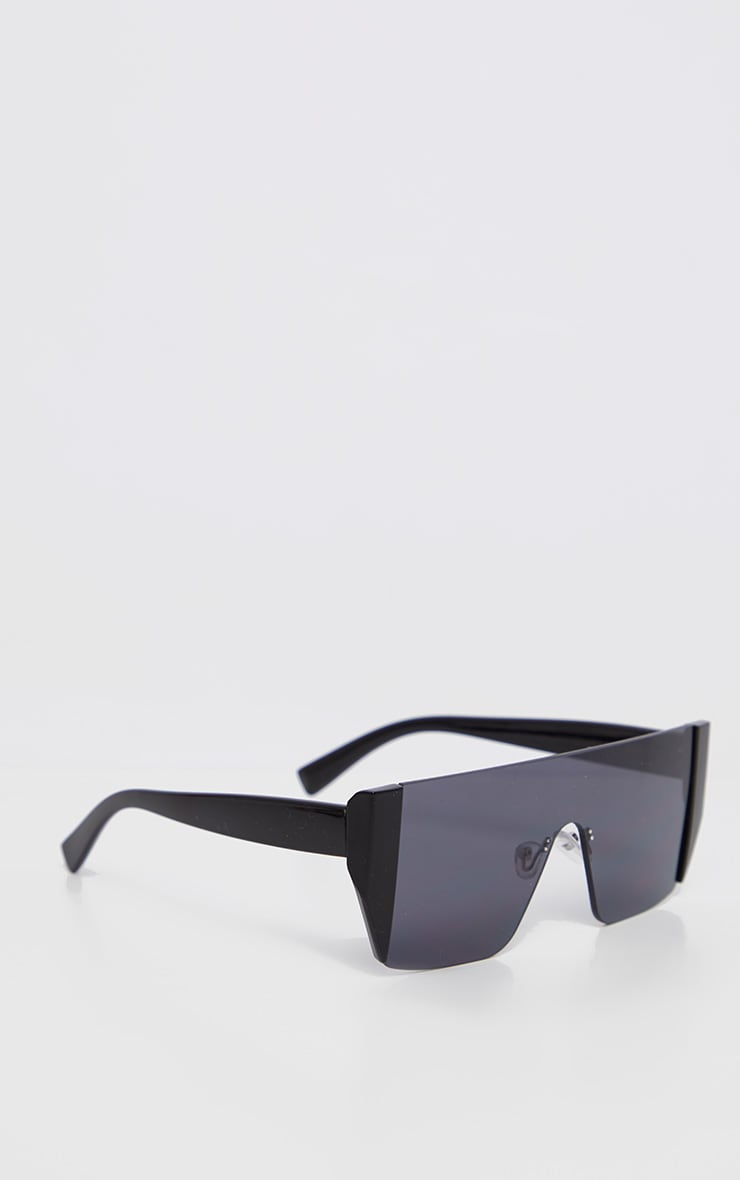 Black On Black Frameless Oversized Sunglasses            3