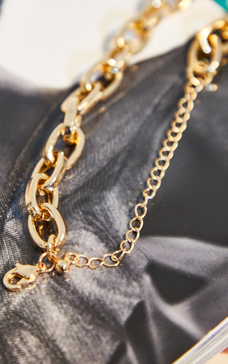 Gold Oval Chain Necklace 4
