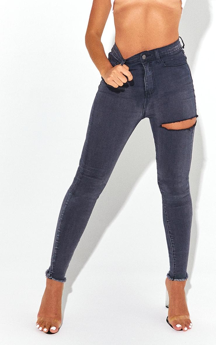 PRETTYLITTLETHING Petite Washed Black Thigh Rip Raw Hem 5 Pocket Skinny Jeans 2