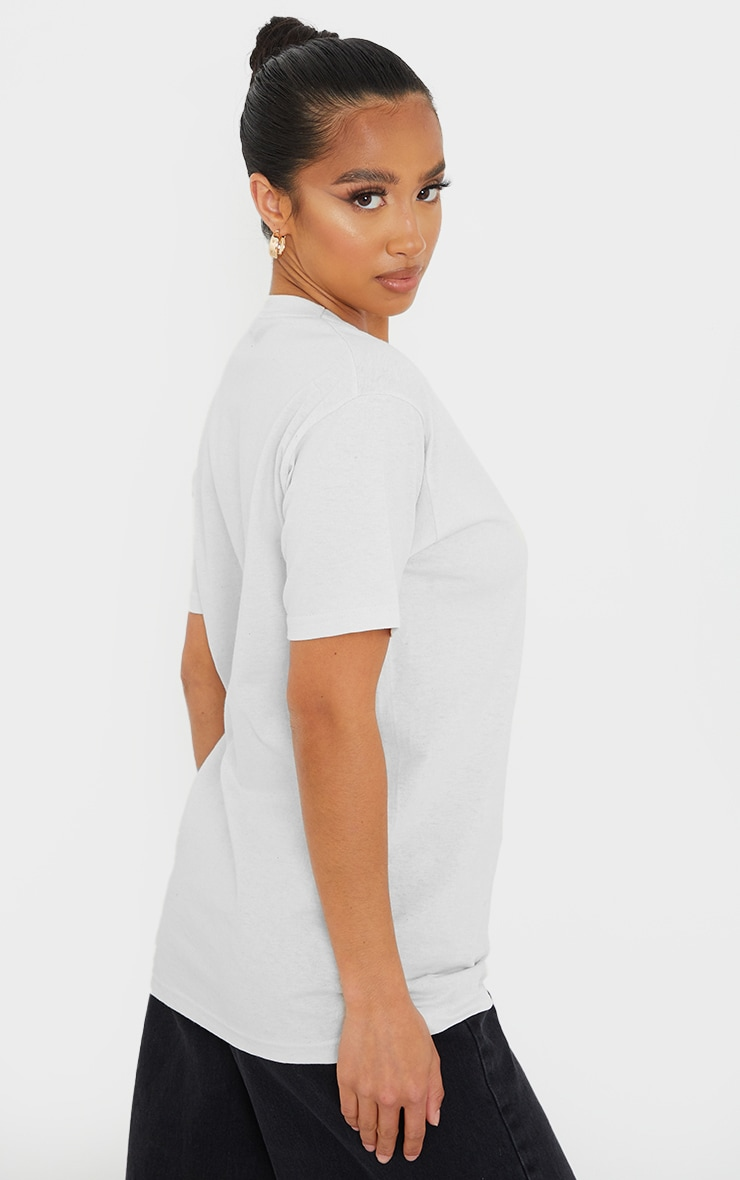 PRETTYLITTLETHING Petite White Embroidered Oversized T-Shirt 2