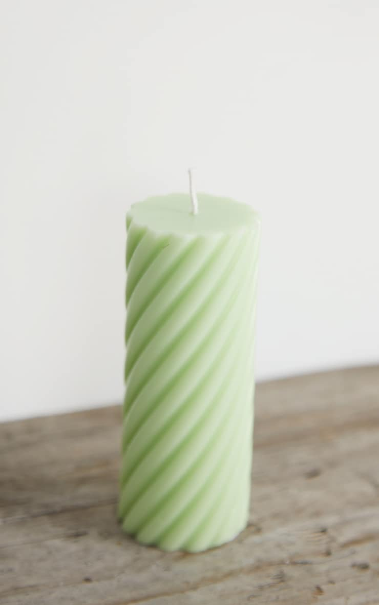 Lime Swirl Pillar Scented Soy Wax Candle 12cm 4