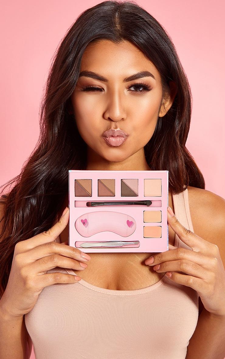 PRETTYLITTLETHING Brows On Fleek Ultimate Eyebrow Kit 2
