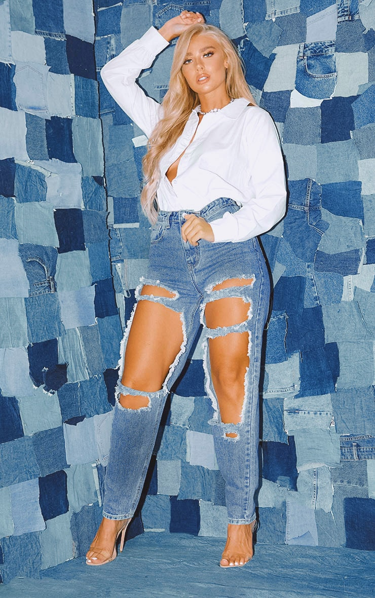 PRETTYLITTLETHING Mid Blue Open Thigh Mom Jean image 1
