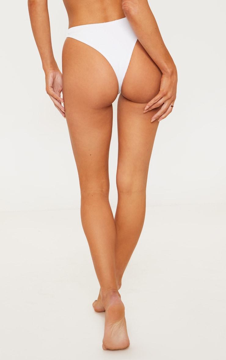 Bas de bikini blanc côtelé à boutons 4