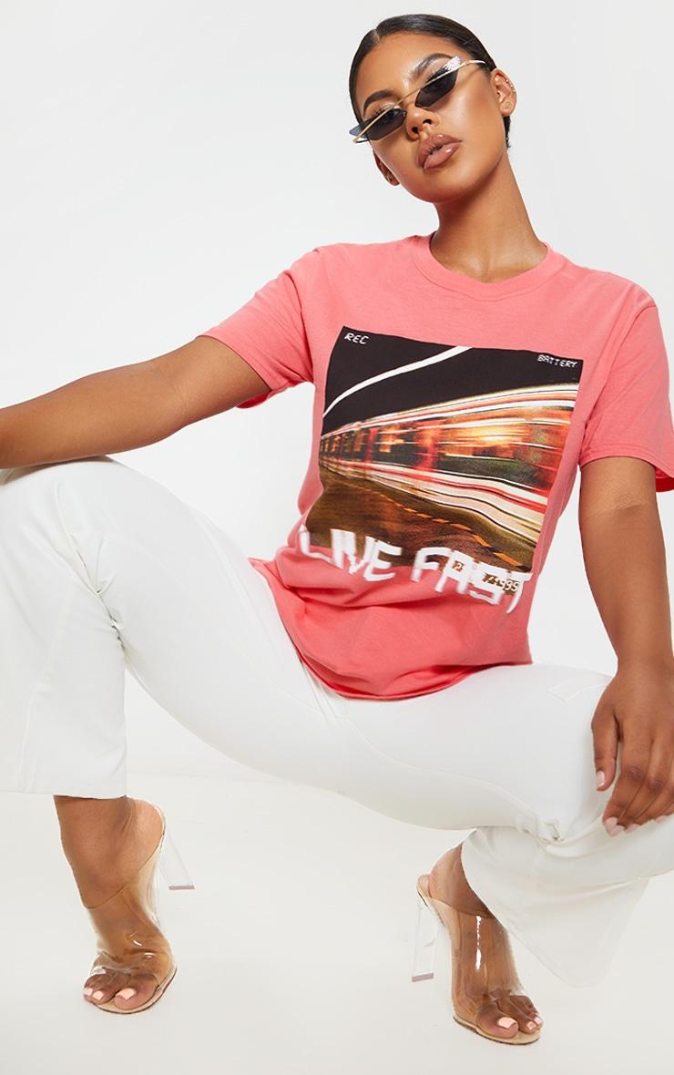 T-shirt corail à slogan Live Fast 4