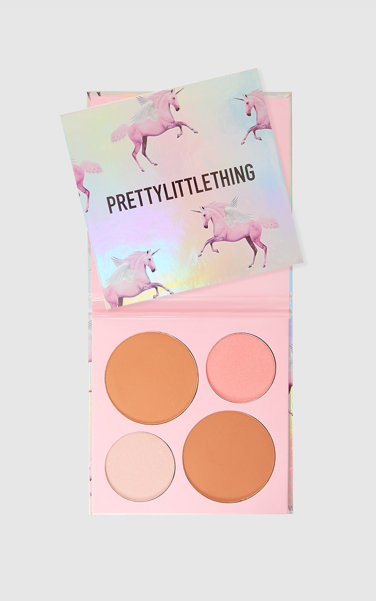 PRETTYLITTLETHING Get Cheeky Face Compact Kit 1