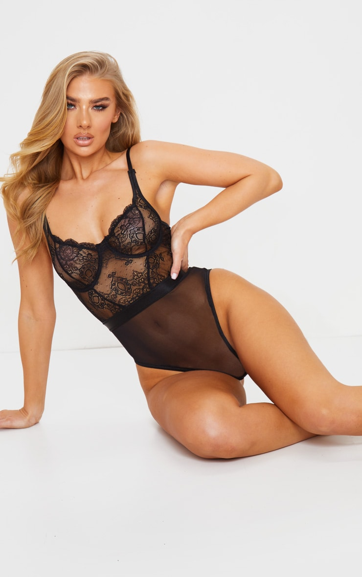 Black Lace Top Underwired Body 3