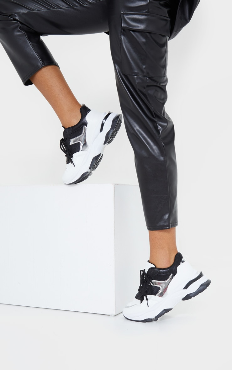 Mono Rubber Contrast Sole Sneakers 2