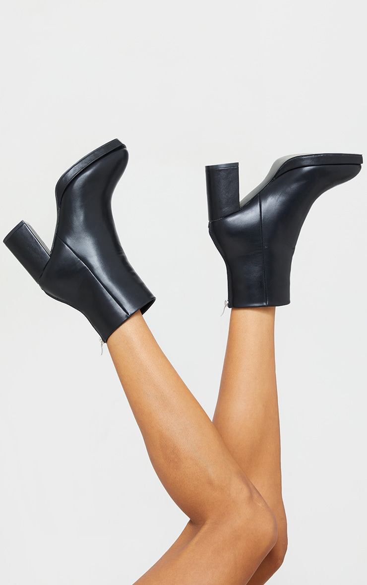 Black Slight Platform Basic Heeled Ankle Boots 2