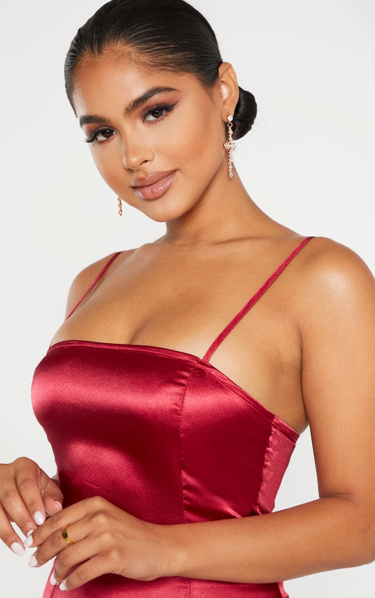 Petite Burgundy Satin Strappy Straight Neck Boydcon Dress  5