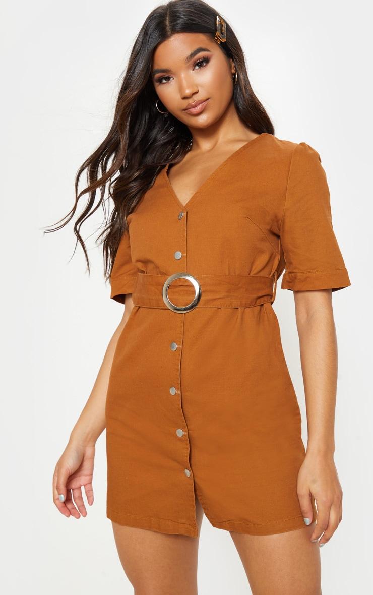Mini-robe sable en jean avec ceinture à boucle 1