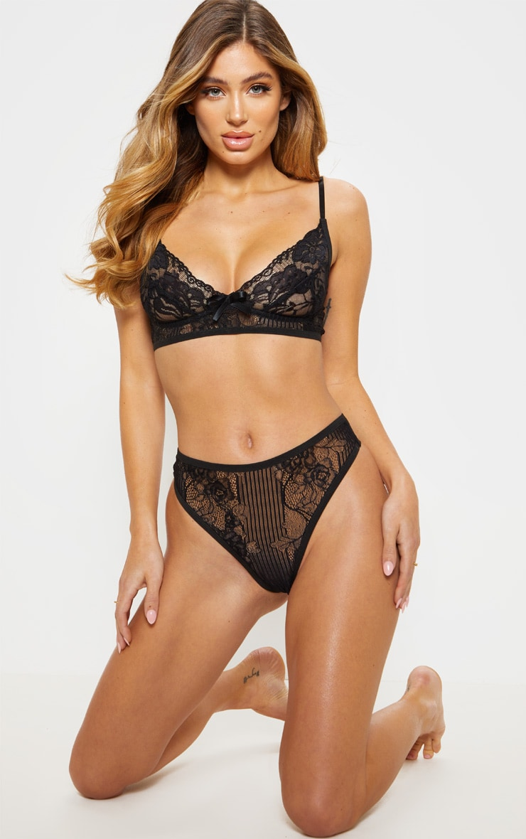 Black Lace Cupped Bra With Bow 4