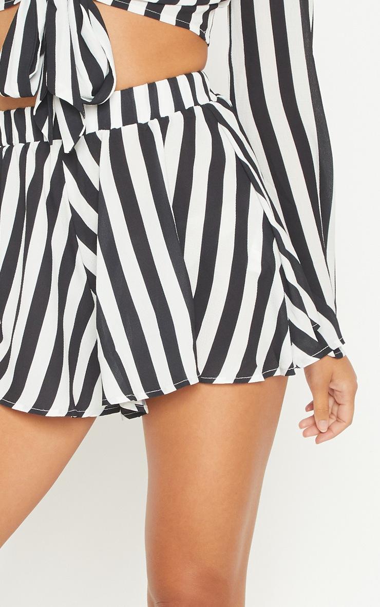 Monochrome Stripe Floaty Shorts 6