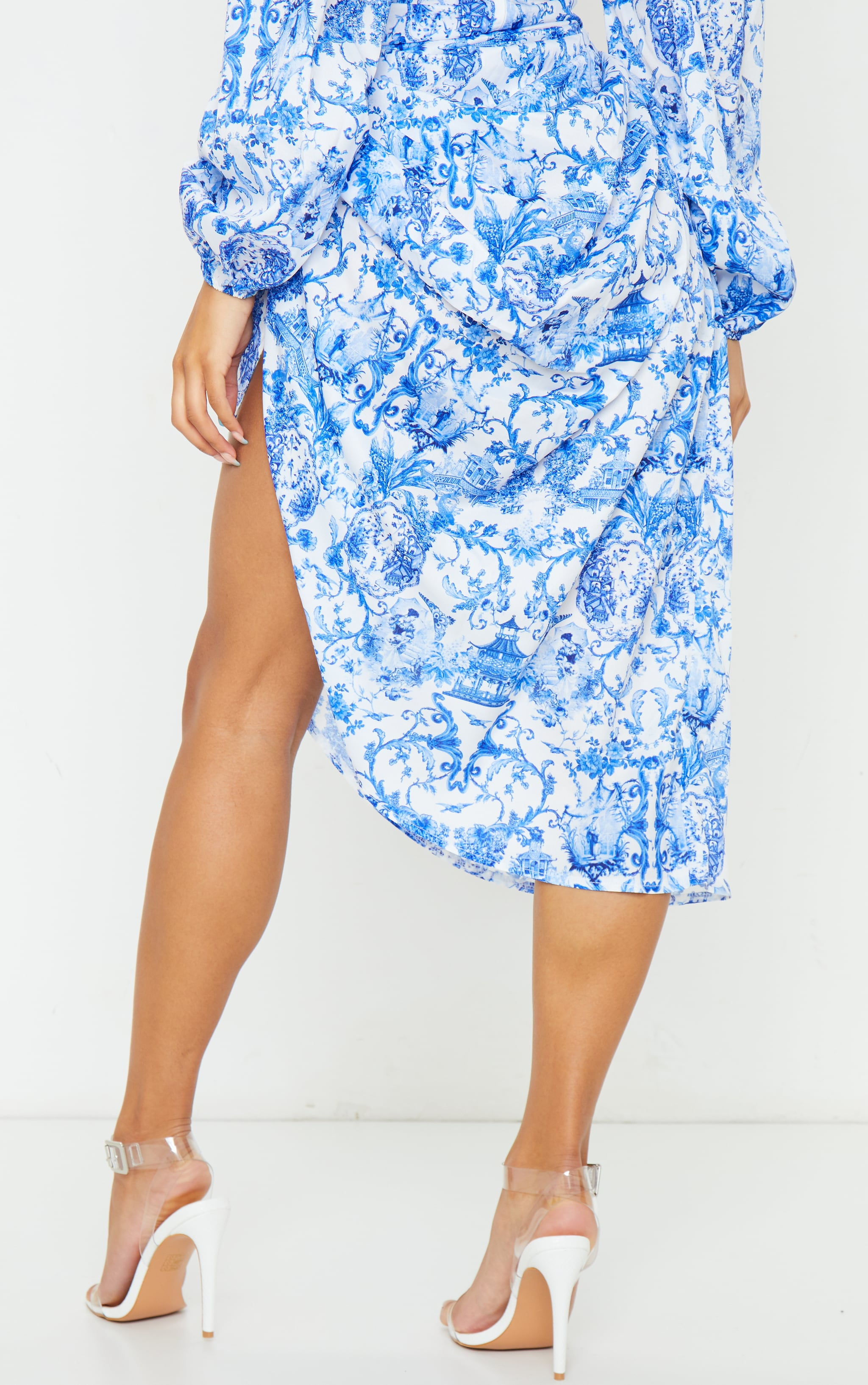 Blue Porcelain Print Ruched Side Midi Skirt 4