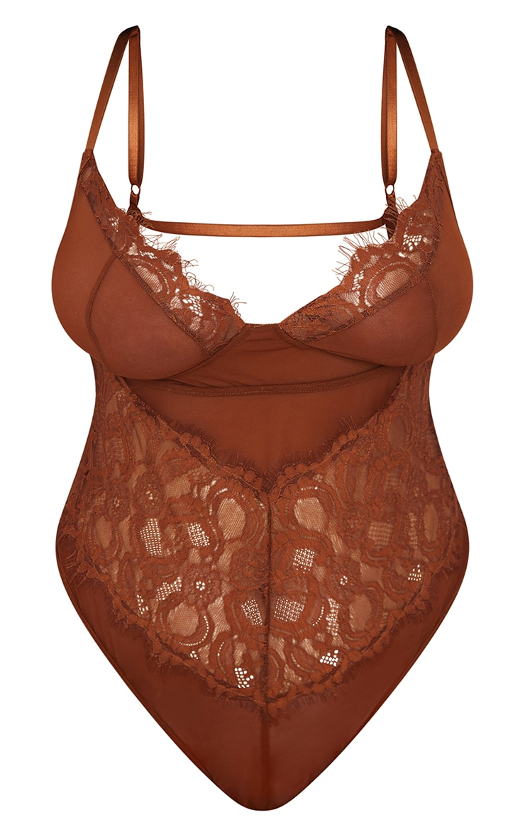 Plus Chocolate Lace Stripe Cup Detail Body 5