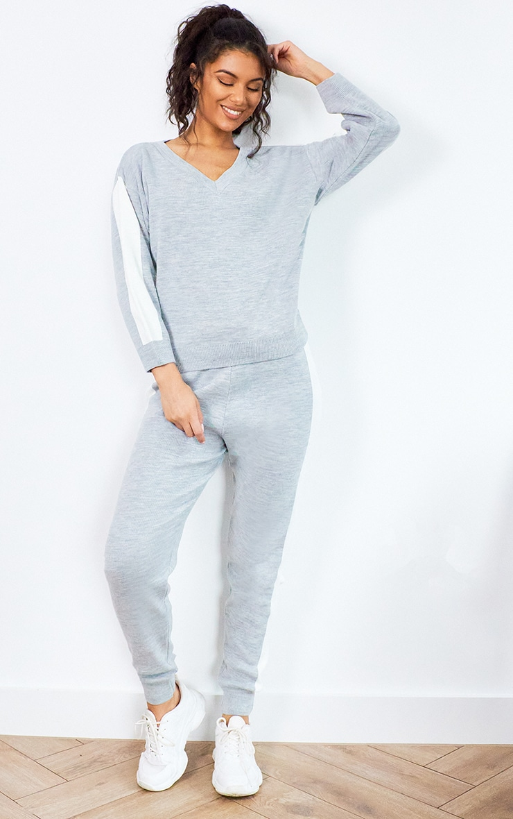 Grey Contrast Stripe Knitted Lounge Set 1