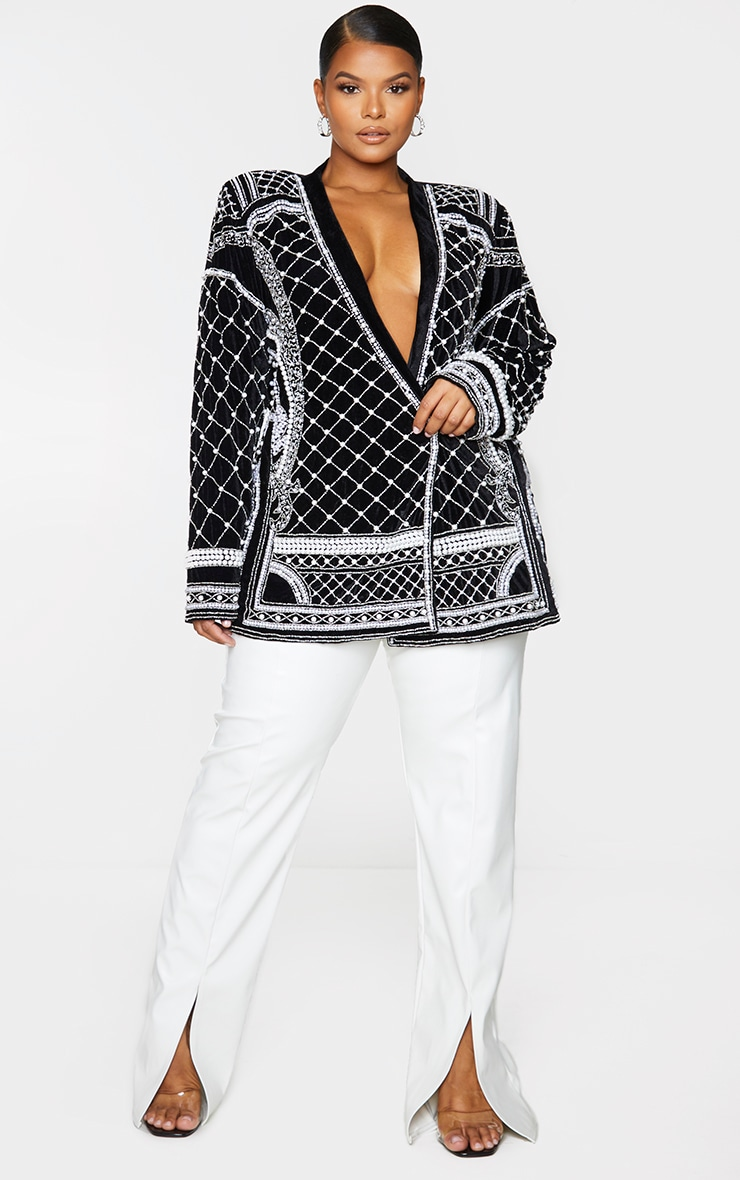 Plus Premium Black Velvet Embellished Beaded Oversized Blazer 3