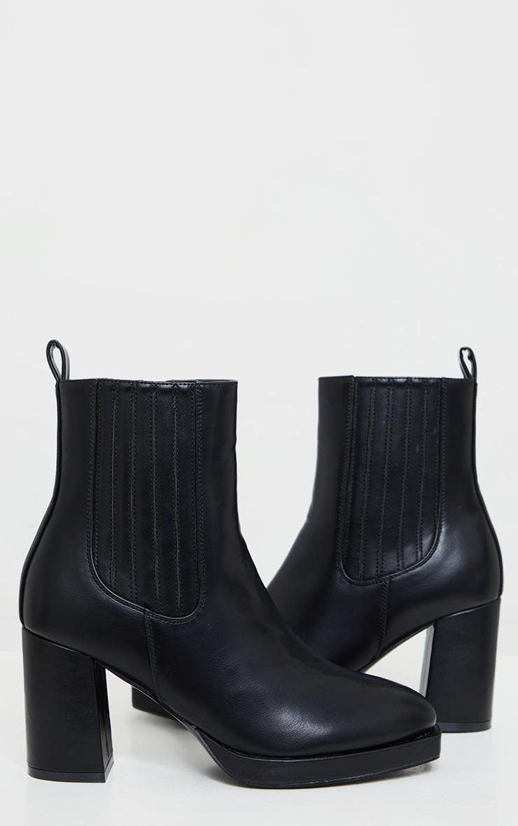 Black Slight Platform Chelsea Basic Heeled Ankle Boots 3