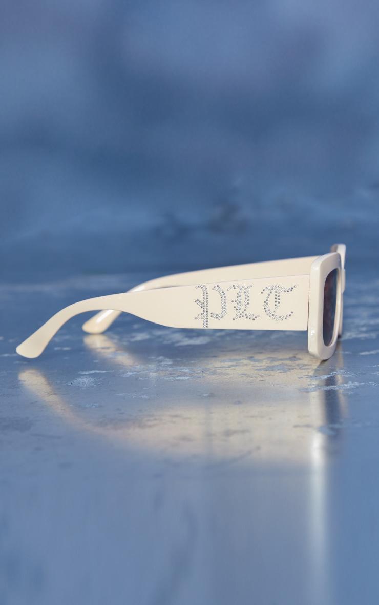 Plt Gothic Initial Cream Square Frame Sunglasses 3