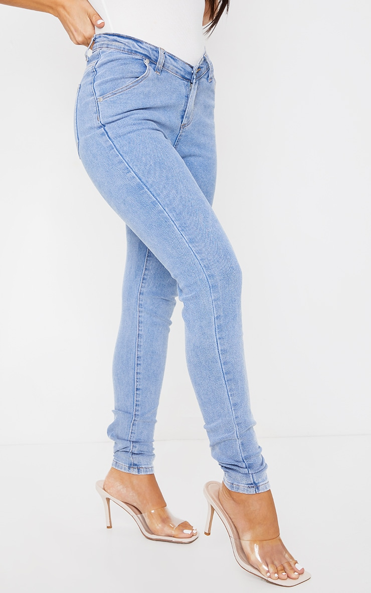 Light Blue Wash Dipped Waistband Skinny Jeans 2