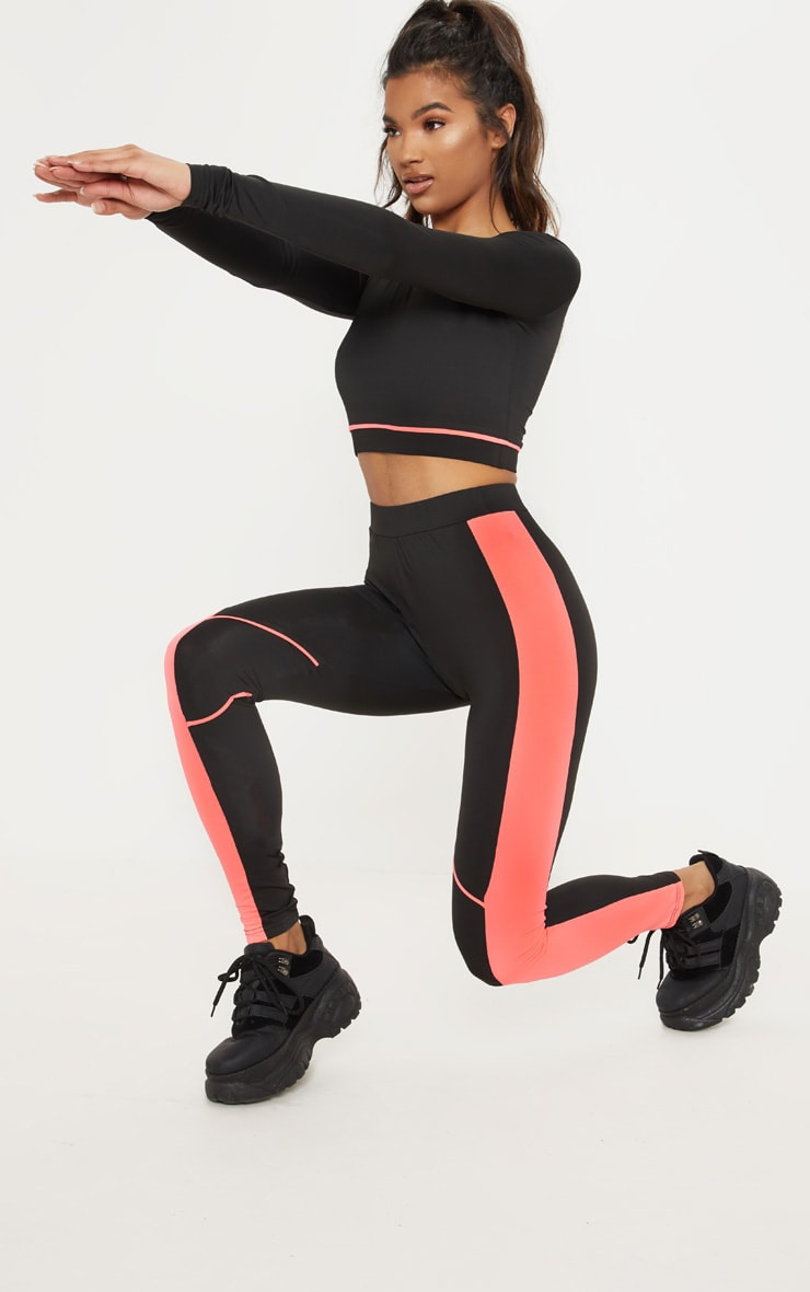 Black Knee Contrast Piping Gym Legging 1