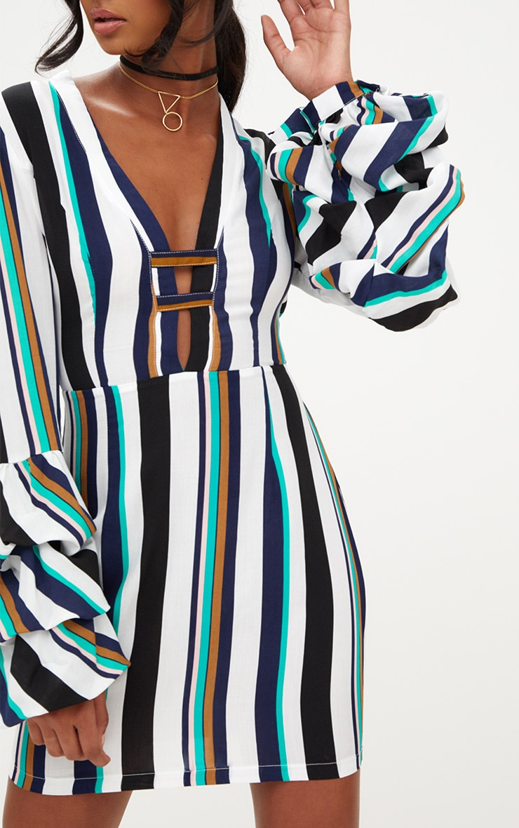 Green Striped Ruched Cuff Bodycon Dress 5