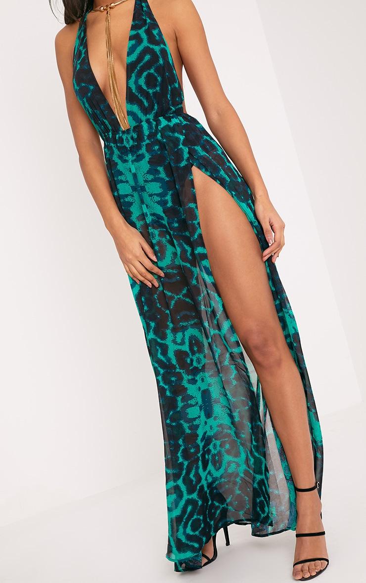 Alina robe maxi verte décolleté plongeant imprimé léopard 5