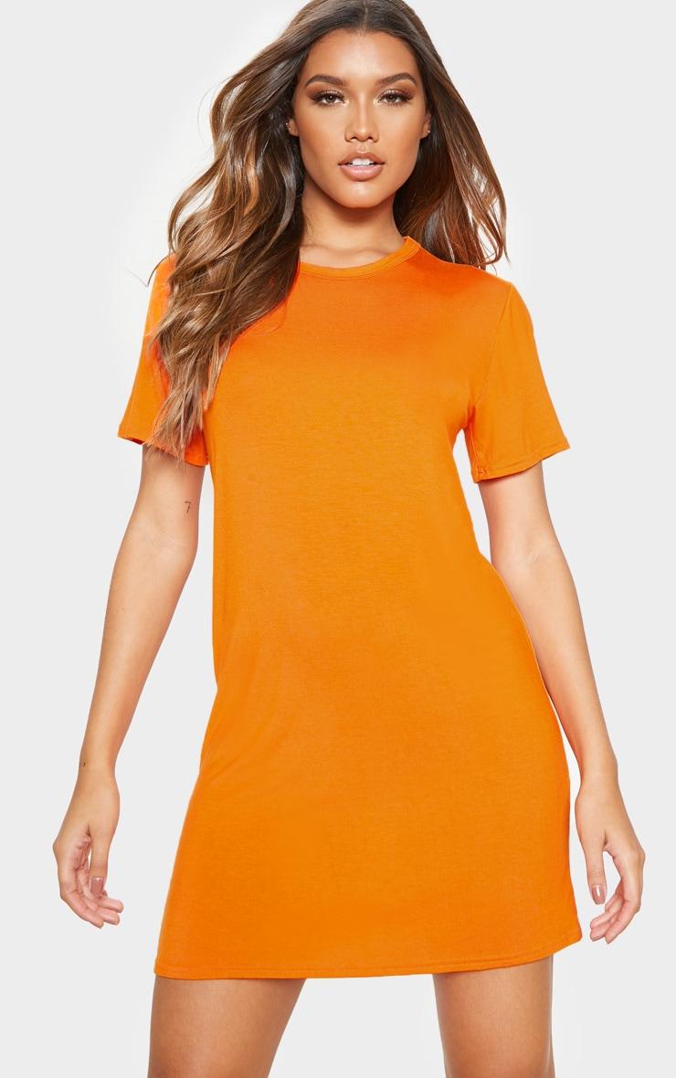 robe t shirt orange