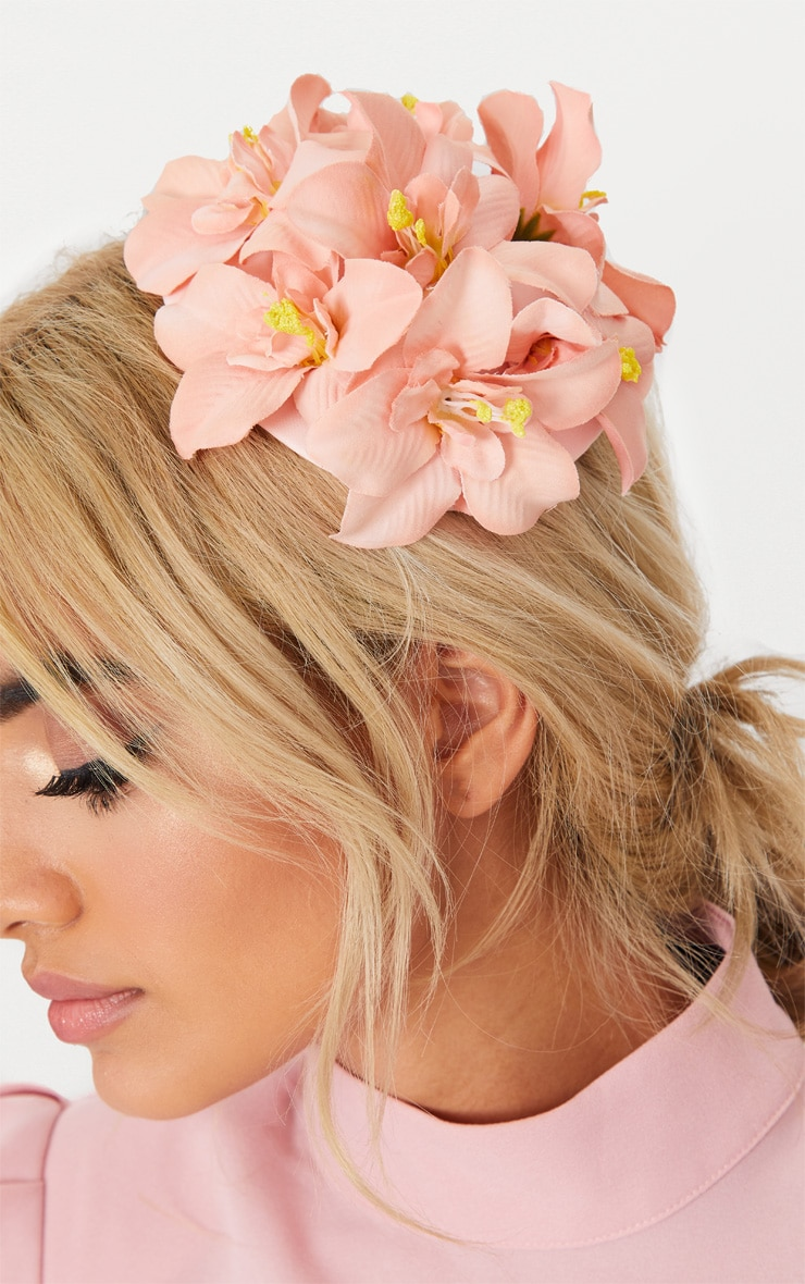 Dusty Pink Flower Hair Clip 1