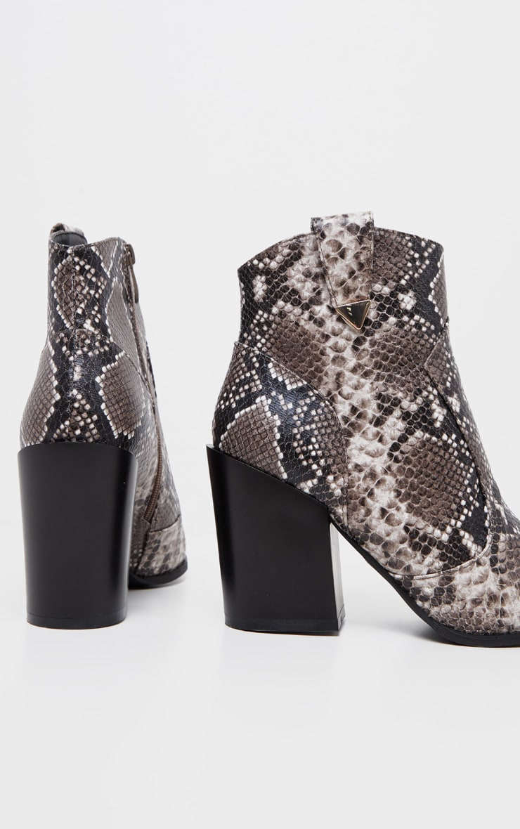 Snake Western Detail Ankle Boot 4
