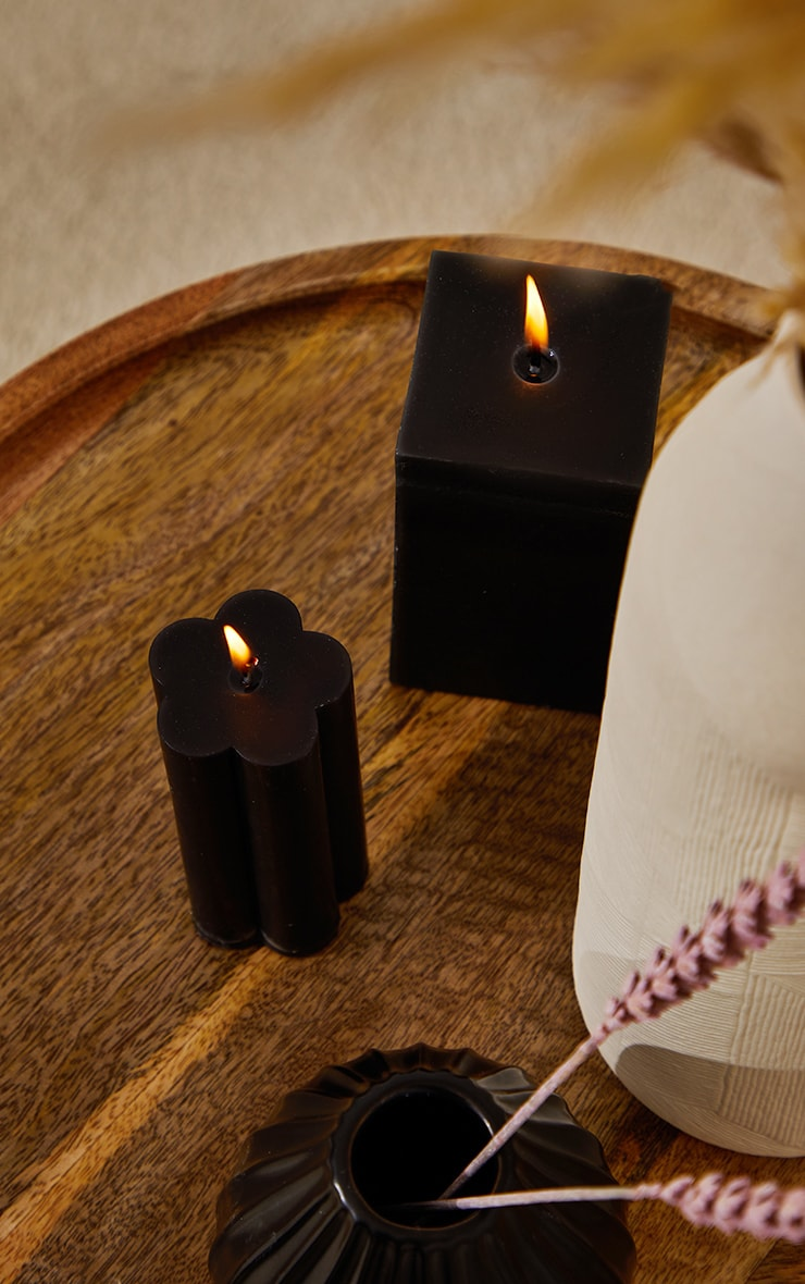 Black Flower Pillar Vanilla Scented Candle image 1