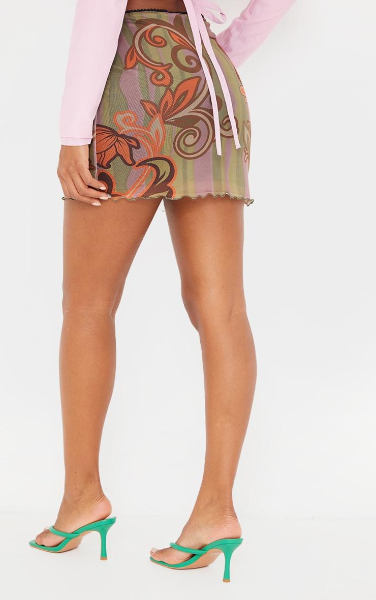 Mini-jupe en mesh vert imprimé tourbillons à ourlet légèrement volanté 3