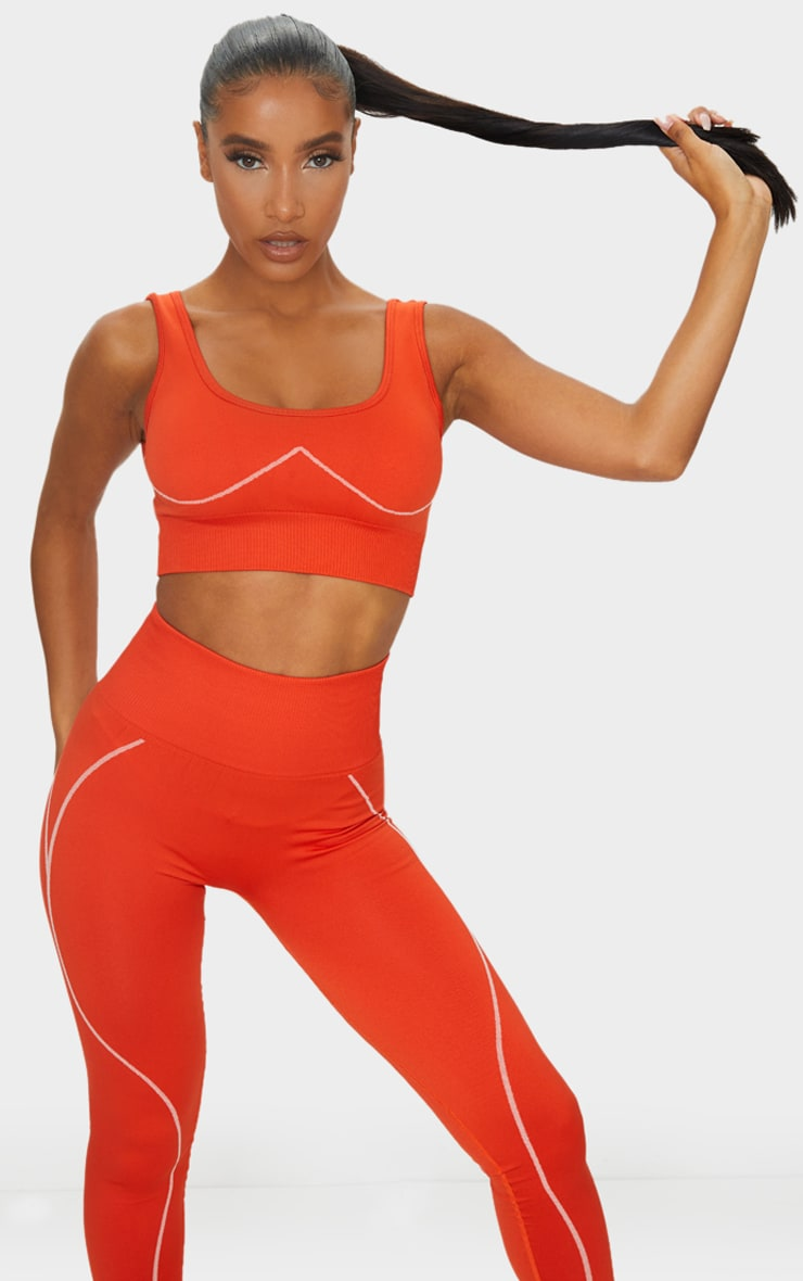 Red Seamless Detailed Sports Bra 1