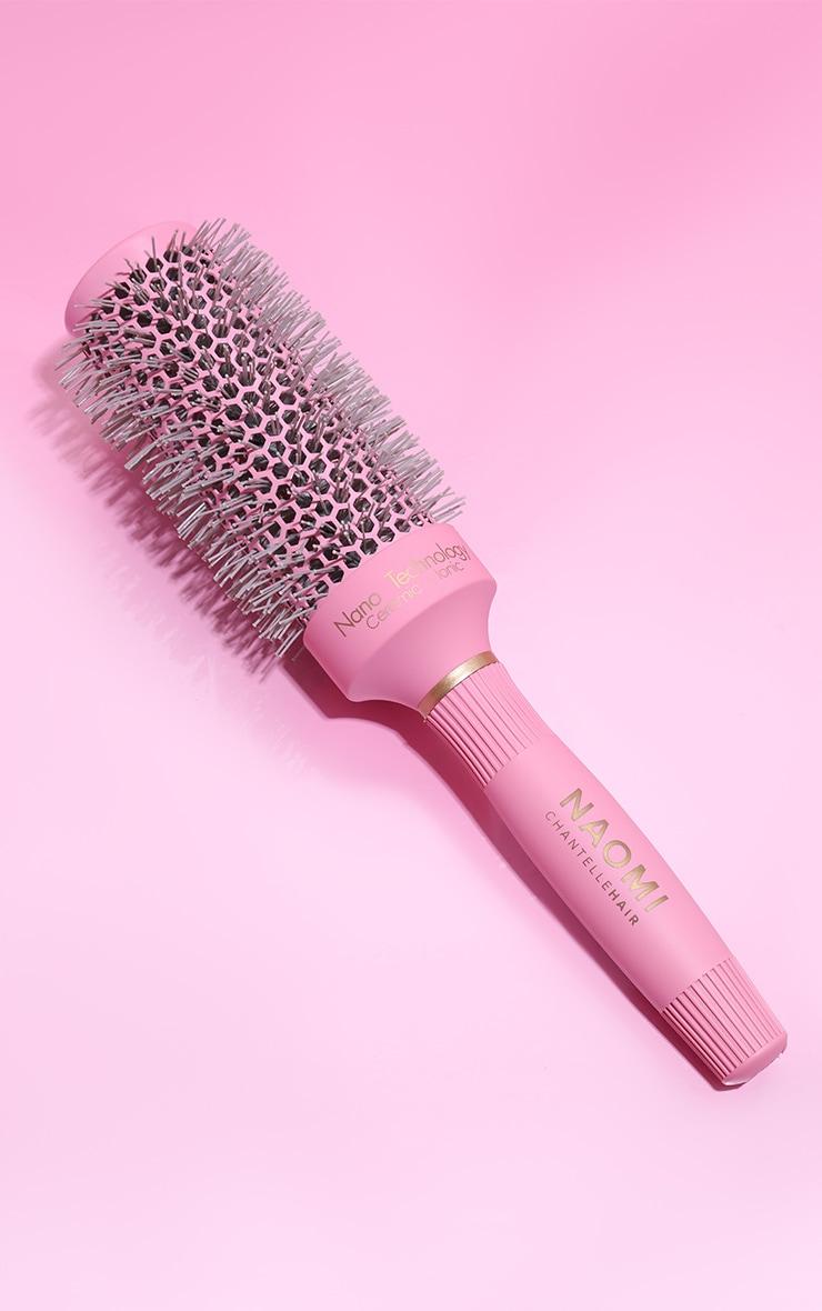Naomi Chantelle Large Blowdry Brush 1
