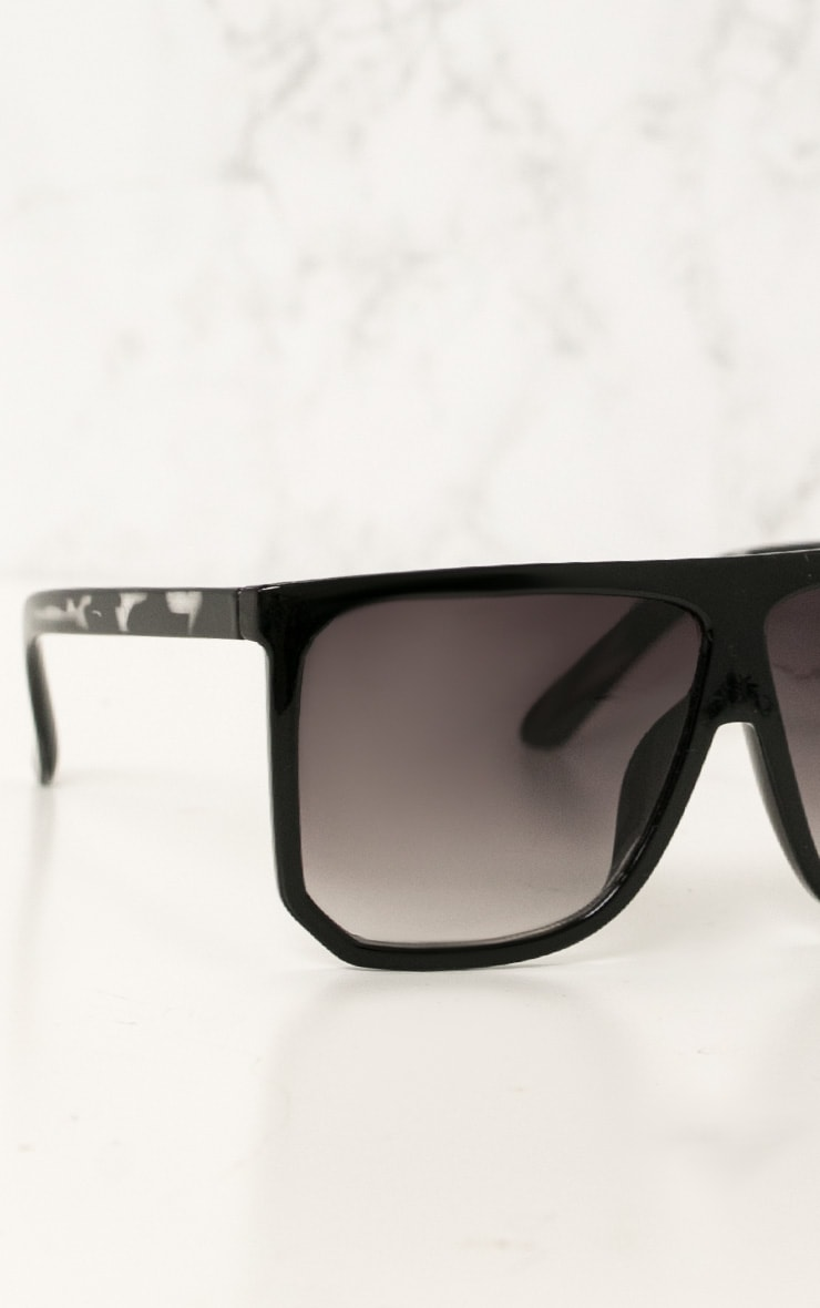 Black Wide Lens Sunglasses 4