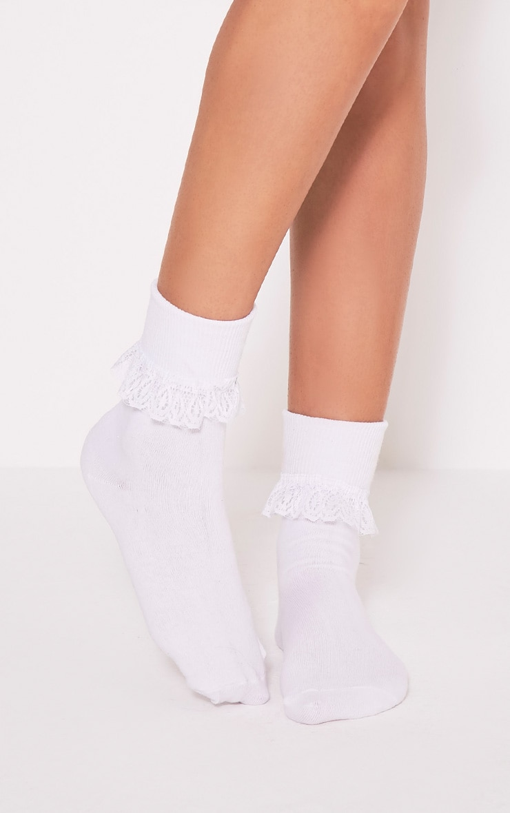Kimber White Lace Trim Ankle Sock 1