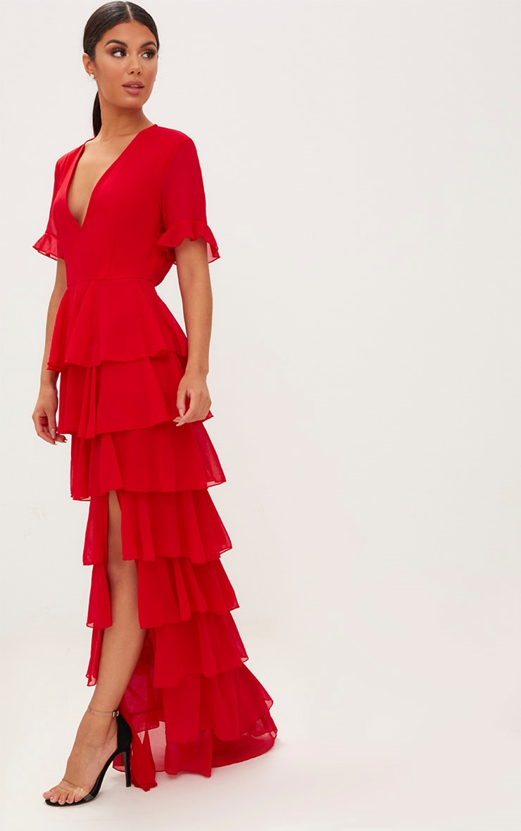 Robe longue rouge en mousseline à volants 1